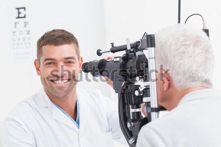 Foto stock: Optometrista · examinar · femenino · paciente · lámpara · retrato