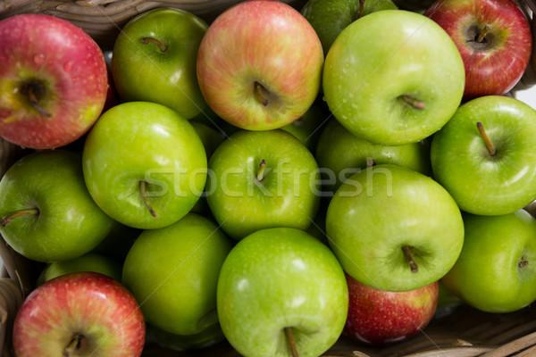 красный зеленый яблоки плетеный корзины фрукты Сток-фото © wavebreak_media