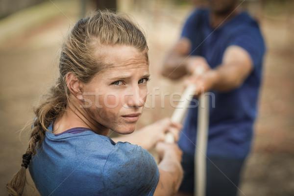 человека женщину играет войны фитнес Сток-фото © wavebreak_media
