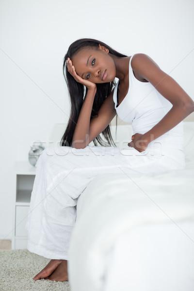 Portré fiatal nő fejfájás hálószoba szépség gyógyszer Stock fotó © wavebreak_media