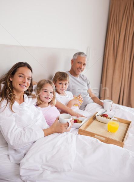Portre aile kahvaltı yatak odası bakıyor kamera Stok fotoğraf © wavebreak_media