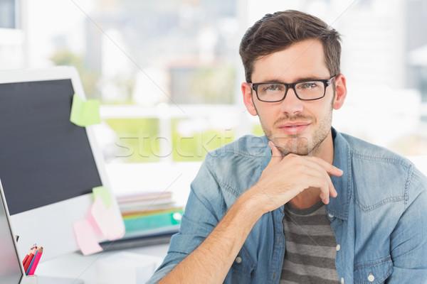 Lezser férfi fotó szerkesztő fényes iroda Stock fotó © wavebreak_media