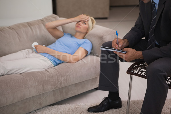 Mulher jovem reunião psicólogo masculino escritório mulher Foto stock © wavebreak_media
