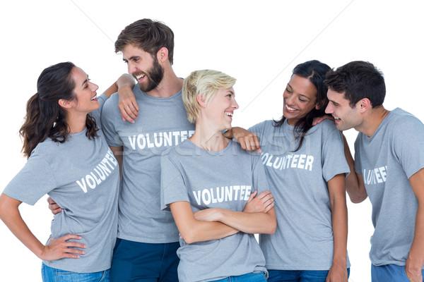 Photo stock: Bénévoles · parler · ensemble · heureux · mains · homme