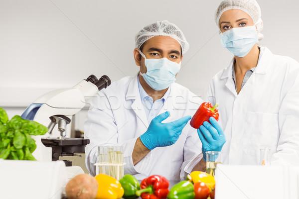 Alimentaire regarder poivre homme école Photo stock © wavebreak_media