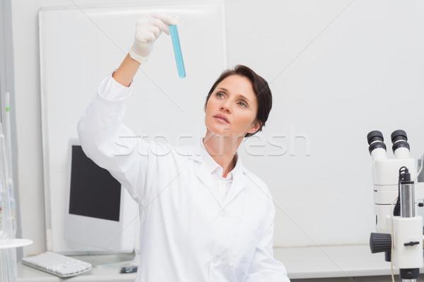 科学 見える 試験管 室 女性 医療 ストックフォト © wavebreak_media