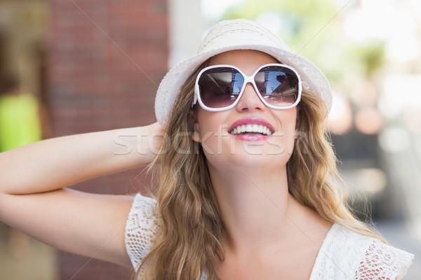 Mooie vrouw genieten zon Stockfoto © wavebreak_media