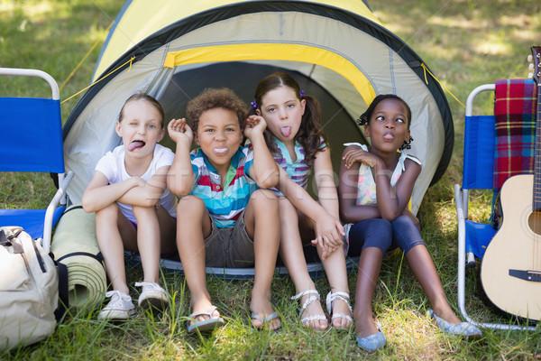 Kinderen gezicht vergadering tent camping Stockfoto © wavebreak_media
