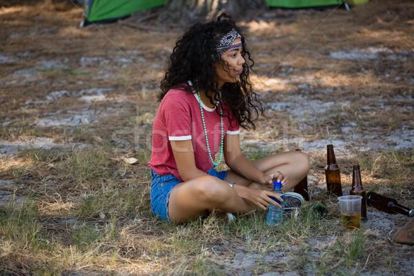 女性 座って 公園 音楽祭 夏 ストックフォト © wavebreak_media