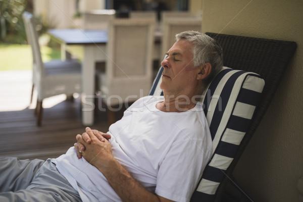 Senior homem salão cadeira varanda Foto stock © wavebreak_media