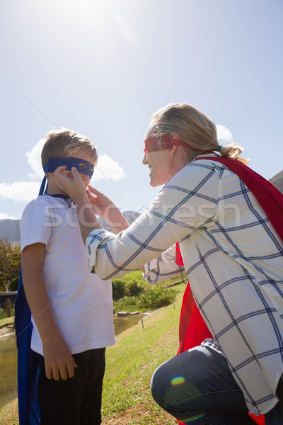 матери сын superhero задний двор женщину Сток-фото © wavebreak_media