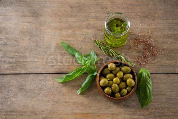 Gemarineerd groene olijven kom olie container Stockfoto © wavebreak_media