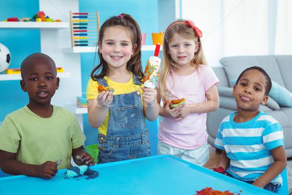 Boldog gyerekek élvezi művészetek iparművészet együtt Stock fotó © wavebreak_media