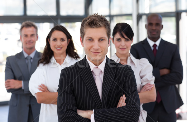 équipe commerciale regarder caméra bureau affaires femmes Photo stock © wavebreak_media