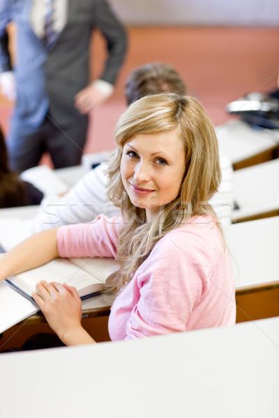 Portret kaukasisch vrouwelijke student universiteit les Stockfoto © wavebreak_media