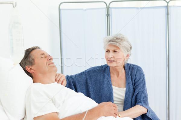 Mulher madura cuidar marido médico casal Foto stock © wavebreak_media