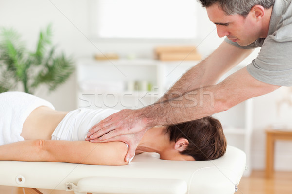 Masseur klanten nek chirurgie hand Stockfoto © wavebreak_media