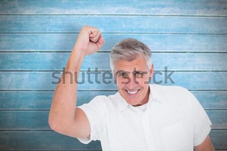 Gündelik adam kamera beyaz mutlu Stok fotoğraf © wavebreak_media