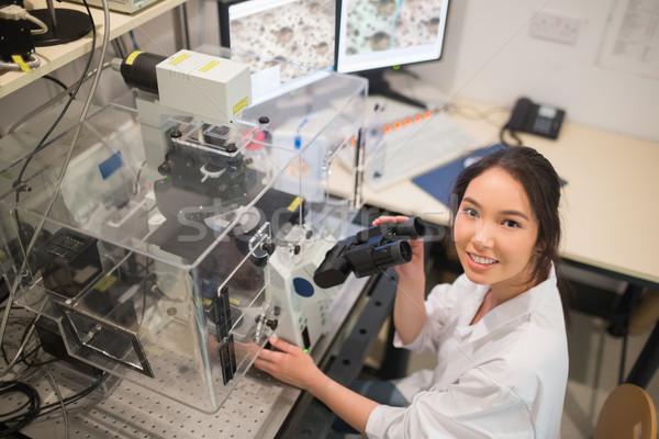 Biokémia diák nagy mikroszkóp számítógép egyetem Stock fotó © wavebreak_media