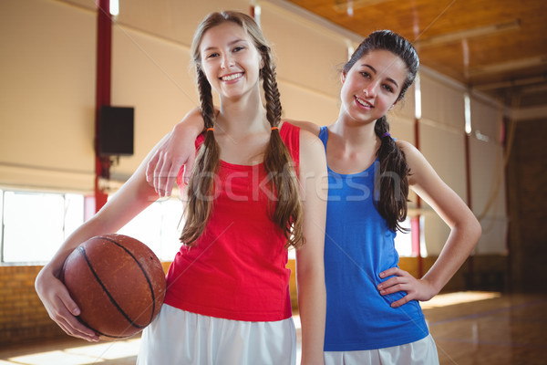 Portre mutlu kadın basketbol oyuncular ayakta Stok fotoğraf © wavebreak_media