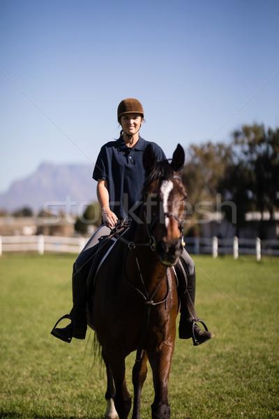 Portré zsoké lovaglás ló csőr női Stock fotó © wavebreak_media