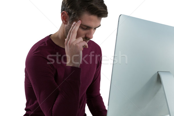 Férfi alszik számítógéphasználat fehér számítógép információ Stock fotó © wavebreak_media
