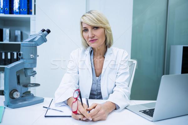 Optometrikus ül szemészet klinika portré nő Stock fotó © wavebreak_media