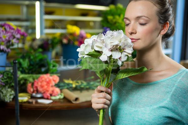 Nő köteg virágok virágüzlet csapat női Stock fotó © wavebreak_media