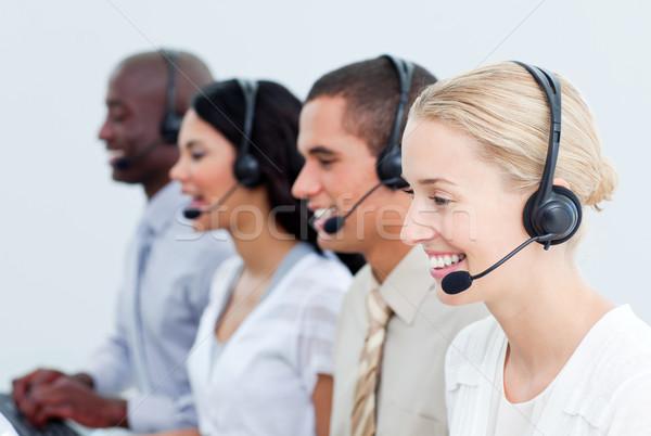 Retrato sonriendo gente de negocios de trabajo centro de llamadas oficina Foto stock © wavebreak_media