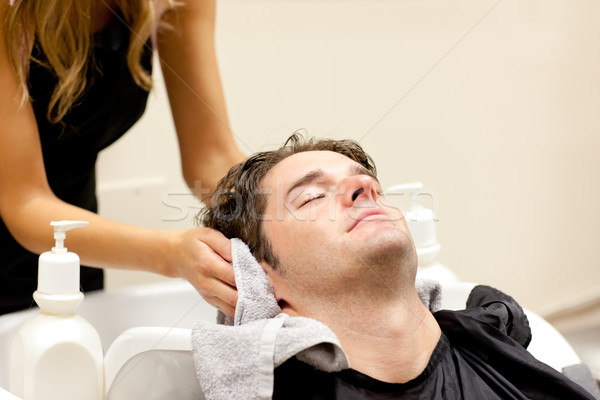 Pozytywny człowiek salon strony moda Zdjęcia stock © wavebreak_media