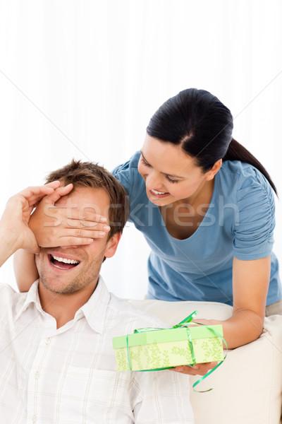 Сток-фото: счастливым · женщину · настоящее · дружок · сокрытие · глазах