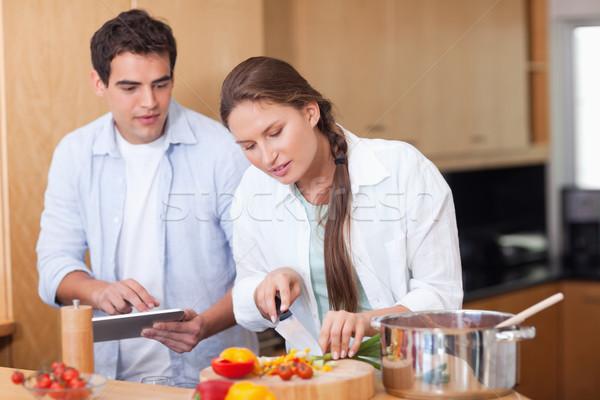современных пару Кука кухне счастливым Сток-фото © wavebreak_media