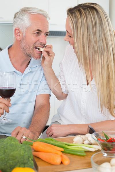 привязчивый пару обеда вместе питьевой красный Сток-фото © wavebreak_media