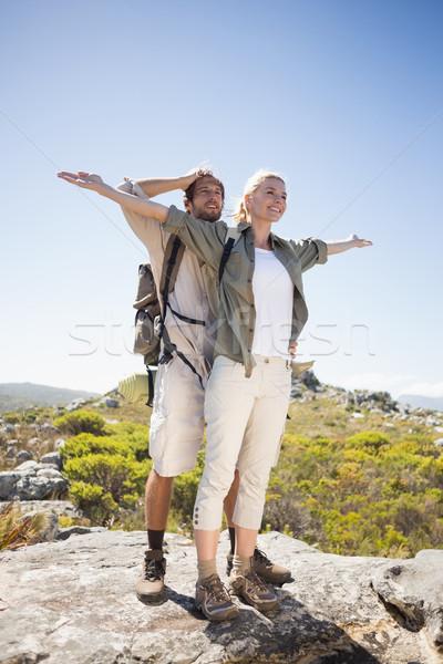 ハイキング カップル 立って 山 地形 表示 ストックフォト © wavebreak_media