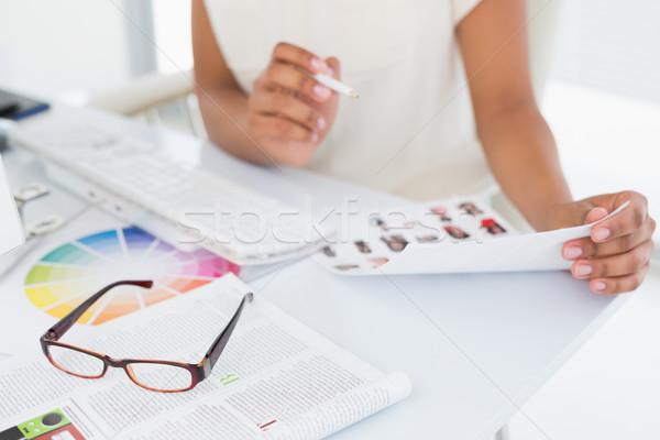 Foto editor de trabajo contacto hoja oficina Foto stock © wavebreak_media