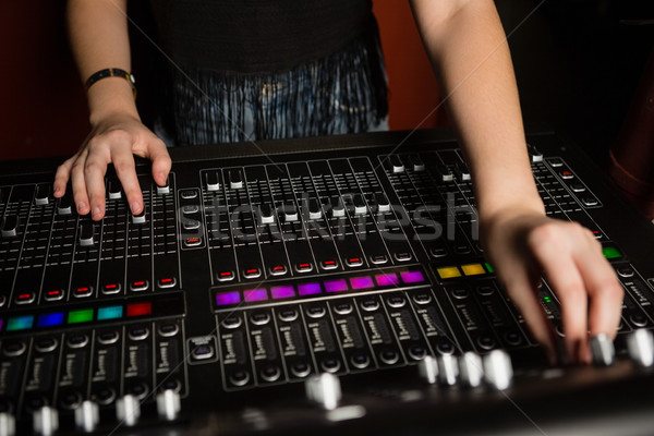 女性 オーディオ エンジニア サウンド ミキサー ストックフォト © wavebreak_media