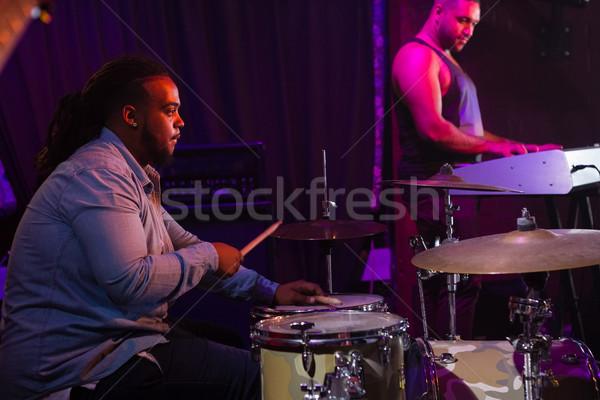 барабанщик играет барабан набор этап ночном клубе Сток-фото © wavebreak_media
