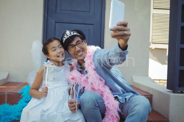 Apa lánygyermek tündér jelmez elvesz boldog Stock fotó © wavebreak_media