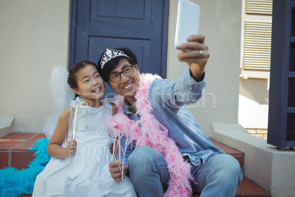 Pai filha fadas traje feliz Foto stock © wavebreak_media