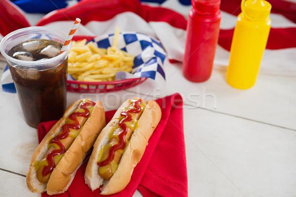 Amerikaanse vlag hot honden houten tafel voedsel Stockfoto © wavebreak_media
