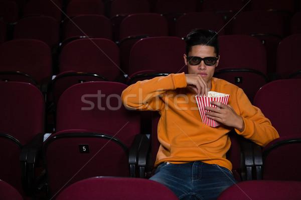 человека попкорн смотрят фильма театра продовольствие Сток-фото © wavebreak_media