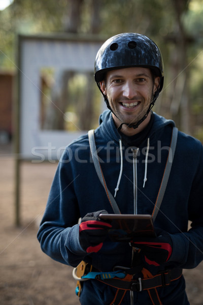 Instructeur numérique comprimé portrait internet Photo stock © wavebreak_media
