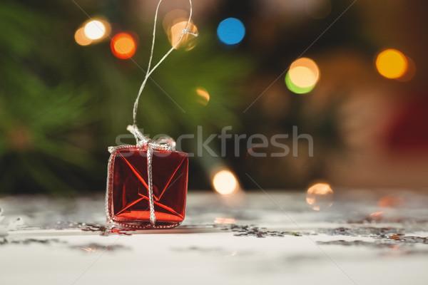 небольшой шкатулке снежинка деревянный стол домой Сток-фото © wavebreak_media