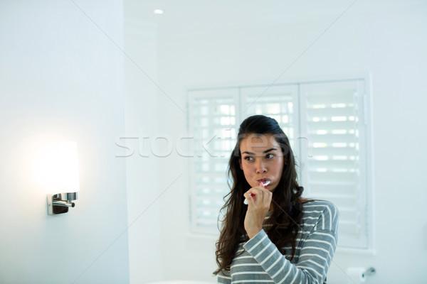 Frau Bad home Lesung drücken Stock foto © wavebreak_media