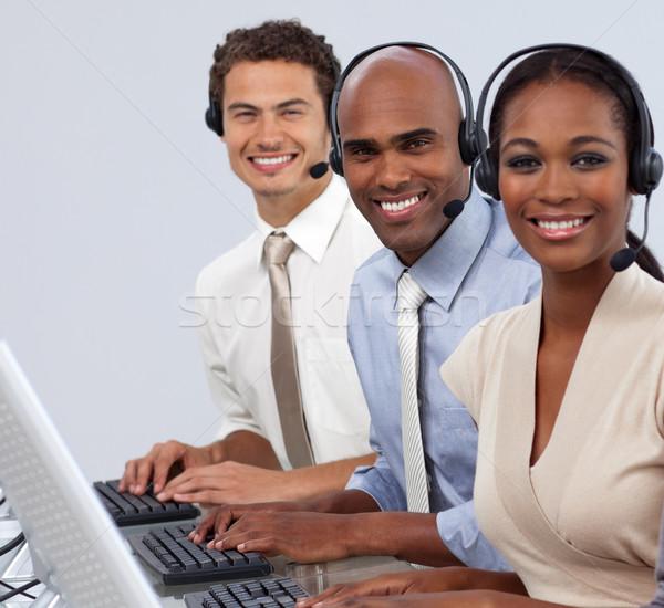 Enthousiaste casque travail centre d'appel ordinateur Photo stock © wavebreak_media