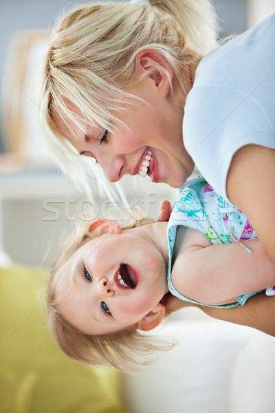 Mutter spielen Tochter Wohnzimmer Frau Mädchen Stock foto © wavebreak_media