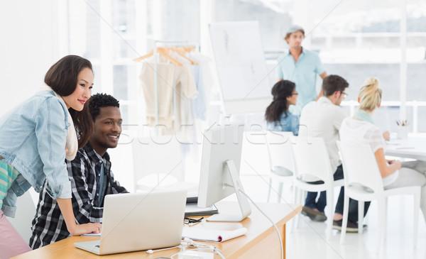 Trabalhando criador escritório grupo casual computador Foto stock © wavebreak_media