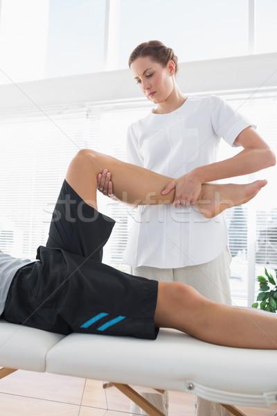 терапевт ногу человека женщину Сток-фото © wavebreak_media