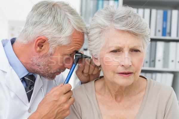 Erkek doktor kıdemli kulak tıbbi Stok fotoğraf © wavebreak_media