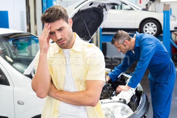 Vásárló érzés aggódó autó autójavítás garázs Stock fotó © wavebreak_media